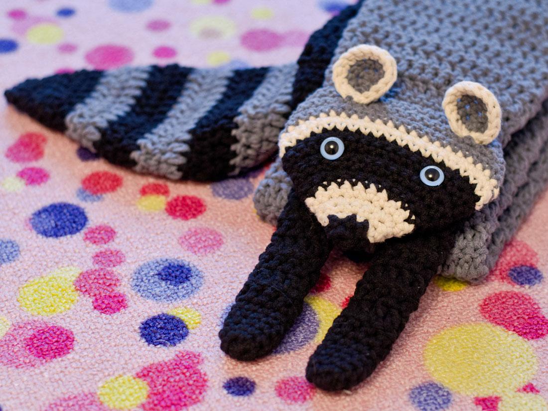 Pocket Raccoon Free Crochet Pattern • Spin a Yarn Crochet | 825x1100