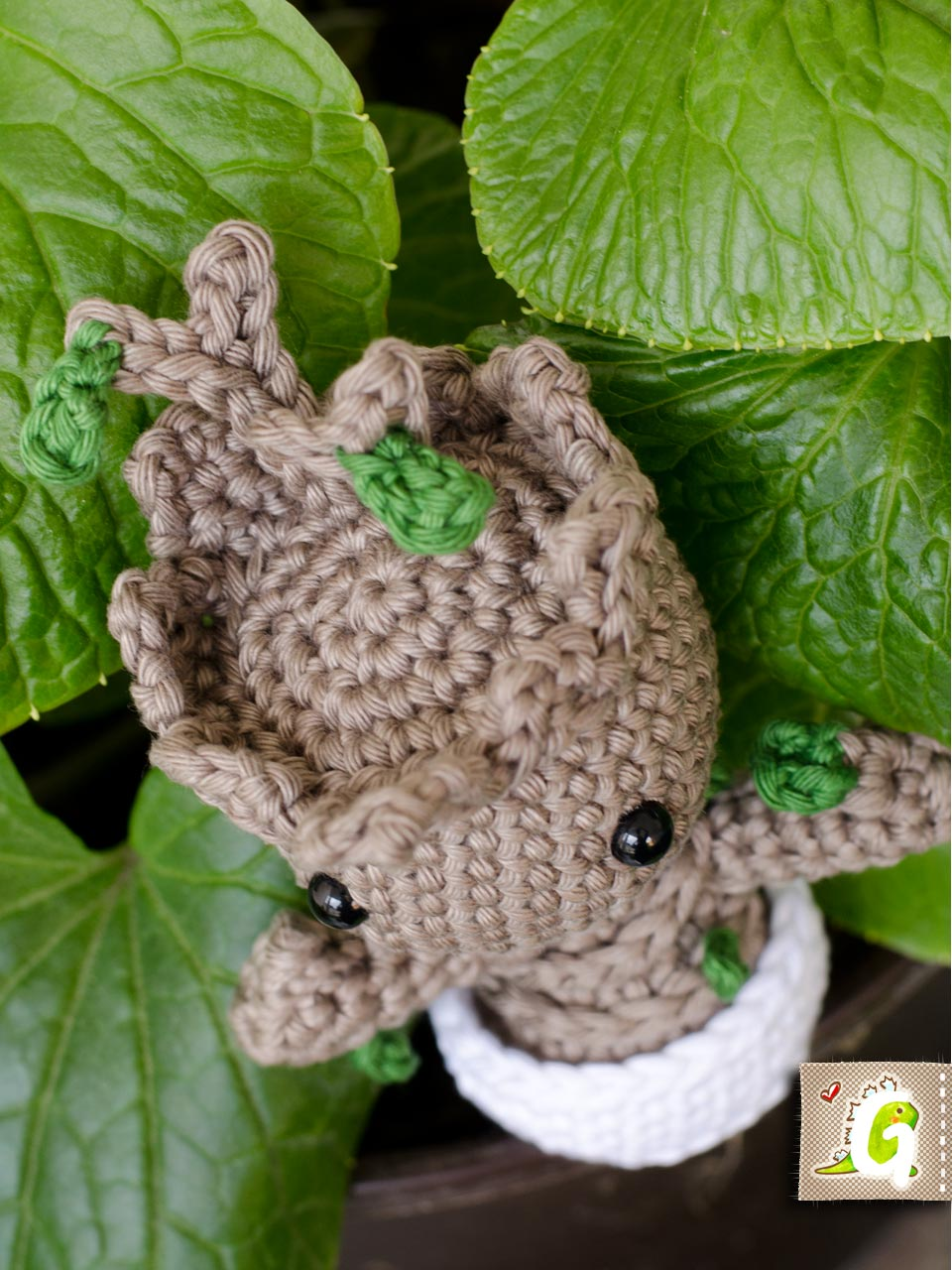 How to crochet : Baby Groot tutorial - SPECIAL GUEST AT THE END ... | 1280x960